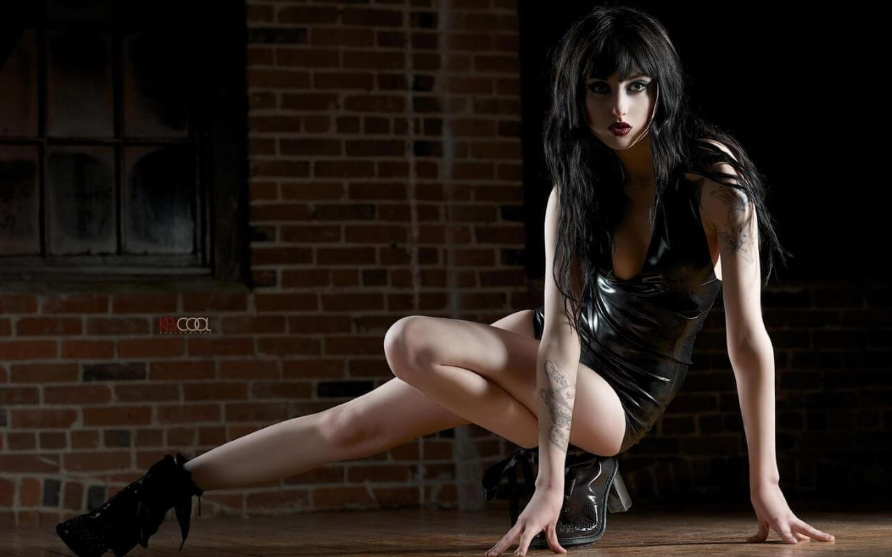 Get Your Special Ticket To Watch And Jerk To Goth Girl Webcams