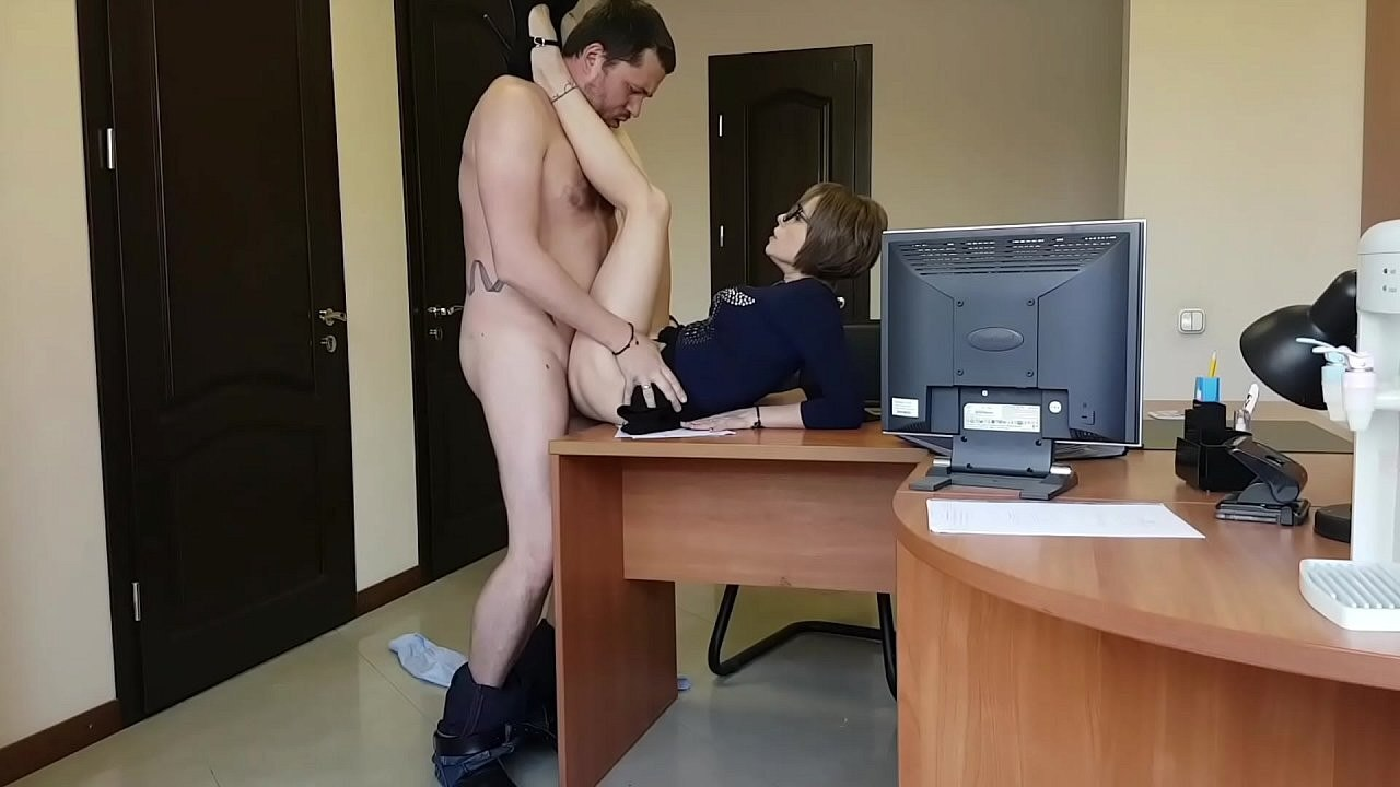 Jerk Yourself To Seeing Office Sex On Live Public Cams
